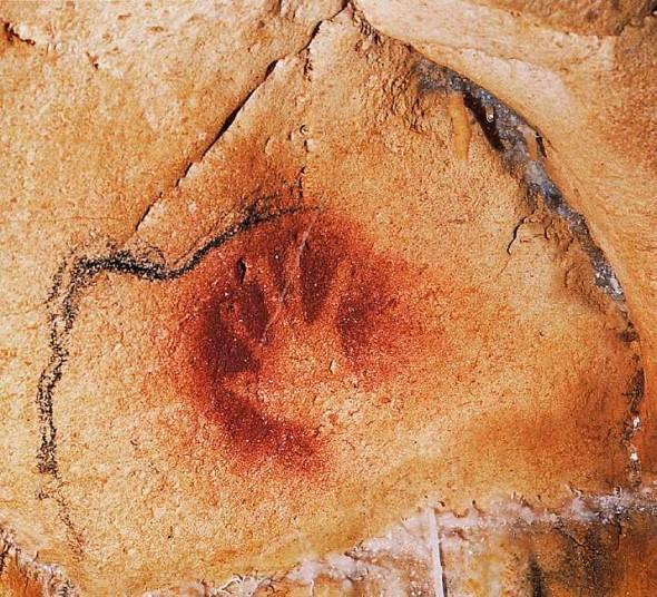 Отпечаток ладони в пещере Шове